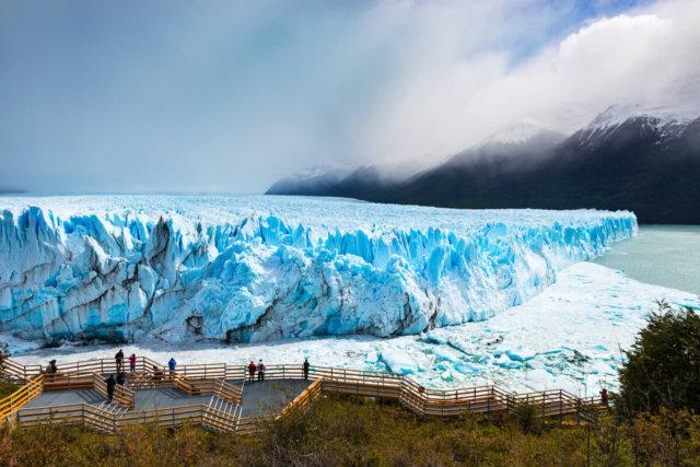 プエルト・ナタレス発 ペリト・モレノ氷河観光